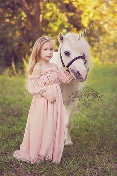 https://i.pinimg.com/236x/bb/12/e7/bb12e74b4e7e4627a27e585b470ba5bf--unicorn-photoshoot-children-photography.jpg