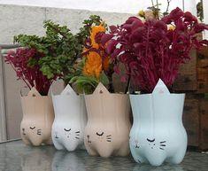 más y más manualidades: Crea hermosas macetas usando botellas de plástico