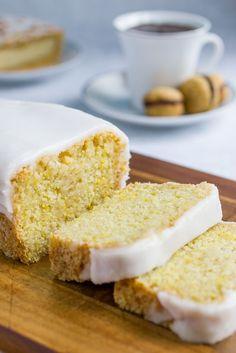 Vegan Lemon Cake / Sofia Von Porat