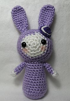 free crochet bunny pattern... Put bell inside for rattle?