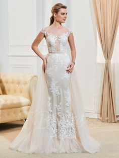 Tbdress.com offers high quality Cap Sleeves Appliques Button Scoop Neck Wedding Dress Wedding Dresses 2017 unit price of $ 186.19.