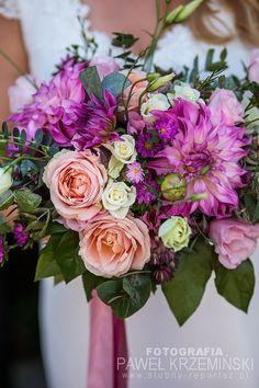 Ślub w Kościele św. Jana Vianneya – Poznań Floral Wreath, Wreaths, Decor, Decoration, Decorating, Dekoration, Garlands, Floral Arrangements, Flower Garlands