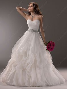 Princess Sweetheart Tulle Court Train Pick-Ups Wedding Dresses