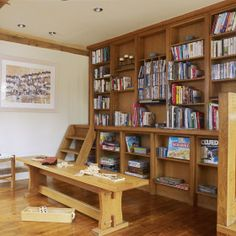 Lamper Head - Holiday House with indoor pool - kate & tom's - The Big Cottage Company - Modern take on a library, with books and games to keep the whole family happy