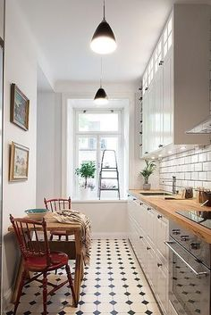 54 Best Small Kitchen Design Ideas for Your Small Kitchen 5 - Idea Wallpapers , iPhone Wallpapers,Color Schemes Kitchen Inspirations, Apartment Kitchen, Kitchen Flooring, Small Kitchen, Home Kitchens, Kitchen Design Small, Kitchen Room, Kitchen Remodel, Kitchen Dining Room