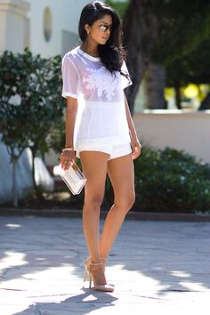 Fashion: trends, outfit ideas, what to wear, fashion news and runway looks August Outfits, Summer Outfits, Cute Outfits, Dress Outfits, Latest Fashion Trends, Fashion News, Women's Fashion, Fashion Bloggers, Fashion Story