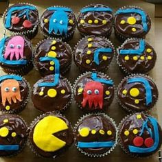 Google Image Result for http://static.tipjunkie.com/resize/400x400/r/party.tipjunkie.com/wp-content/party-thumbs/pac-man-party-kids-birthday-party.JPG