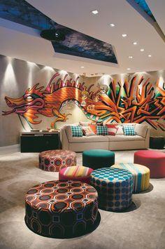 Salas acolhedoras da mostra Casa Cor em todo o Brasil convidam você a se inspirar pelo encanto das cores.