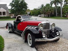 1933 Duesenberg II SJ Boattail Speedster Maintenance/restoration of… Retro Cars, Vintage Cars, Antique Cars, Duesenberg Car, Jaguar, Lamborghini, Ferrari 458, Dream Car Garage, Veteran Car
