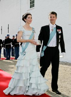 Los 'looks' de boda de Mary de Dinamarca - Foto 13