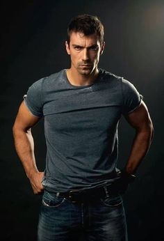 Ibrahim Çelikkol: He is not ready to sacrifice himself in love, he wants peace - title Turkish Men, Turkish Beauty, Turkish Actors, Hot Actors, Actors & Actresses, Gorgeous Men, Beautiful People, Mejores Series Tv, Black And White Love