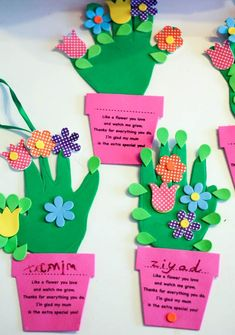 Fun handprint flower pot craft for Mothers day, with a poem to say thanks for helping me grow