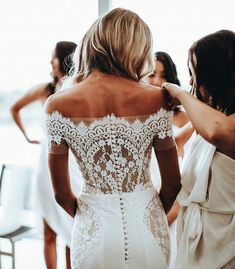 Wedding Dresses, Wedding GOwn, Wedding Planning Tips, Bride, Wedding Decorations, Wedding Decor, Wedding, - Charming Grace Events https://www.charminggraceevents.com/