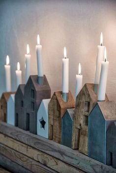 Deze kandelaars in de vorm van huisjes zorgen voor een gezellige sfeer. Je steek… These candlesticks in the shape of houses provide a cozy atmosphere. You put a dinner candle in the chimney and voilà, you create a cozy corner in the house in an instant. Noel Christmas, Winter Christmas, Christmas Crafts, Christmas Decorations, Xmas, Holiday Decor, Christmas Houses, Christmas Candles, Christmas Ideas