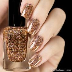 "Royal Chapel is a copper/rose gold holographic glitter nail polish in clear base. This glitter has a higher quality than the ""standard"" glitter therefore they Sparkle Nails, Glitter Nail Polish, Holographic Glitter, Nail Polish Colors, Acrylic Nails, Glitter Gif, Glitter Bomb, Gold Nails, Cute Nails"