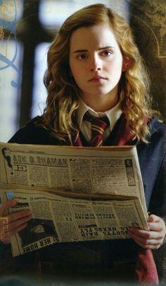Emma Watson as Hermione Granger in Harry Potter. Harry Potter Hermione, Draco, Severus Hermione, Mundo Harry Potter, Harry Potter Books, Harry Potter Love, Harry Potter Universal, Harry Potter World, Albus Dumbledore
