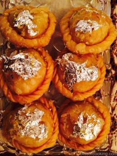 Chandrakala is a very elegant and royal Indian sweet usually made during Diwali and Holi in North India. It is quite similar to the humble Gujia. Sweet Dishes Recipes, Sweets Recipes, Sweet Desserts, Indian Dessert Recipes, Indian Sweets, Sweet Crepes Recipe, Holi Recipes, Diwali Snacks, Frittata
