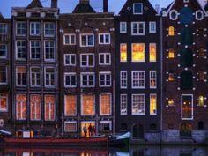 На улице Амстердама, Нидерланды