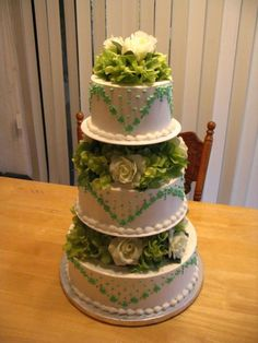 St. Patrick's Day Wedding Cake on Cake Central