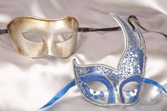Small Carnival Masks Baby Fiore Gold