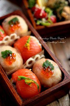 Tamari Sushi Ball Bento Lunch (Smoked Salmon with Broccoli, Prosciutto with Ikura Caviar, Flower Shaped Lotus Root)