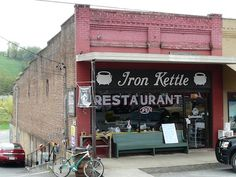 Lynchburg, Tennessee the iron kettle one of our favorite places for lunch 15 minutes from our home Vacation Places, Vacation Spots, Places To Travel, Vacations, Places To Eat, Places Ive Been, Gatlinburg Vacation, Gatlinburg Tn, Visit Nashville