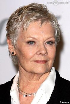 And why Judi Dench net worth is so massive? Judi Dench net worth is definitely at the very top level among other celebrities, yet why? Short Grey Hair, Short Hair Cuts, Short Hair Styles, Judy Dench Hair, Judi Dench Hairstyle, Helen Mirren, Ageless Beauty, Sophia Loren, Short Pixie