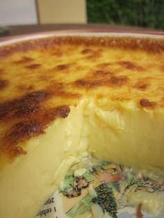 Quand je suis tombée sur cette recette sur le joli blog Une Petite Faim d'Isabelle, ça m'a tout de suite fait pensé à la crème aux oeufs que...