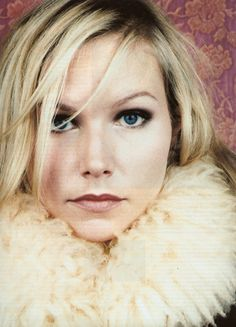 Nina Persson from The Cardigans. Love her style. Want a fur trimmed something or other now. Music Mix, Music Icon, Playlists, Nina Persson, Pop Crush, The Cardigans, British Celebrities, Swedish Girls, Fashion Idol