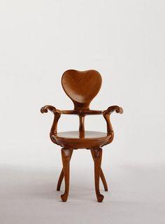 Calvet armchair, Gaudi by lizzie but its worth including Mobiliário Art Nouveau, Muebles Estilo Art Nouveau, Chair Design, Furniture Design, Antonio Gaudi, Bd Art, Art Nouveau Furniture, Ludwig Mies Van Der Rohe, Victorian Art