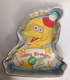 Big Bird With Banner Happy Birthday Wilton Cake Pan Sesame Street Insert Muppet #Wilton #BigBirdHoldingBannerHappyBirthday