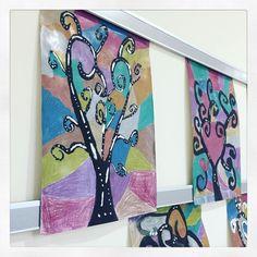 """@dunkelbunterregentag on Instagram: """"Fantasiebäume 🌳🌲 #kreativesgestalten #volksschule #grundschule #schulalltag #lehren #lernen #unterrichtsideen"""" Instagram, Rain Days, School Routines, Primary School, Fantasy, Darkness, Tree Structure, Studying"""