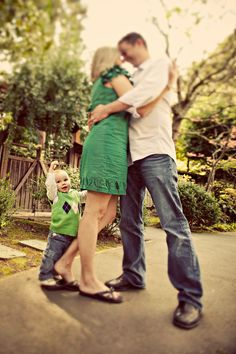 Play with focus for a unique look. #familyphoto