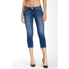 True Religion Basic Rolled Capri Jean ❤ liked on Polyvore featuring jeans, rolled jeans, white jeans, white capri jeans, rolled up jeans and white capris