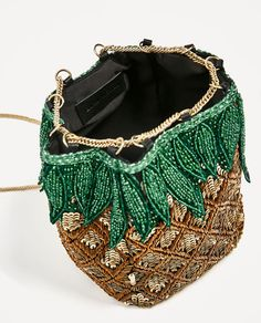Image 4 of PINEAPPLE BUCKET BAG WITH BEADS from Zara