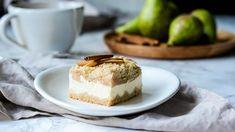Sypaný koláč s tvarohem a hruškami: pro všechny milovníky drobenky Cheesecake, Recipes, Food, Cakes, Cake Makers, Cheesecakes, Essen, Kuchen, Cake