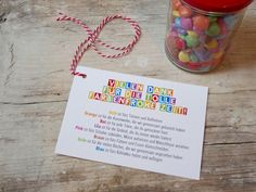 Postkarte Din A6 + gefülltes Glas Ein Glas mit bunten Schokolinsen – dazu diese schöne Karte – ergibt zusammen das perfekte, liebevolle Abschiedsgeschenk für ErzieherInnen, KindergärtnerInnen,...
