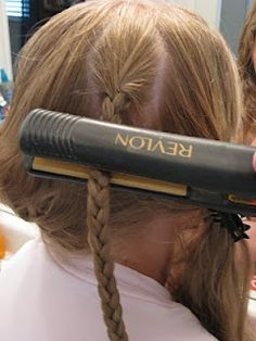 """Next time you need to """"crimp"""" hair and don't have your 80's crimping iron. Great for 80's parties. Fine Hair, Wavy Hair, Crimped Hair, Braided Hairstyles, Pretty Hairstyles, Style Hairstyle, Pelo Bob, Thick Braid, Beauty Hacks"""