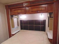 2015 Used Jayco Precept 31 UL Class A in Texas TX.Recreational Vehicle, rv, 2015 Jayco Precept 31 UL, Looking for a great buy on a near new Jayco Precept 31UL? This coach features three slides, a large four door refrigerator, automatic awning, three TVs and much more. Convection/microwaveThree burner cook topFour door refrigerator with ice makerBooth dinettePull out counter extension, Electric bunk over driver's cab areaSide view camerasElectric driver's seatAutomatic leveling jacksPull out…