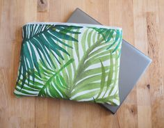 Tropical, leaves, Laptop sleeve, case, fabric sleeve with protective lining, zipper, bright, green,colorful, Beach, Modern