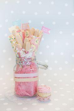 Decoración de fiestas. Blondas estilo Paisley. Kit para cupcakes.