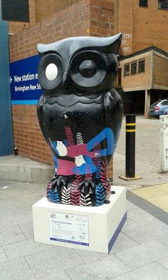 I see a Darkness Owl..Big Hoot 2015 Birmingham raised 4,000 pounds at the auction
