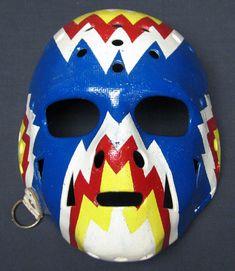 Doug Favell Rockies mask Hockey Helmet, Hockey Goalie, Hockey Players, Ice Hockey, Football Helmets, Montreal Canadiens, La Kings Hockey, Hockey Rules, Goalie Mask
