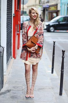 ohhcouture.com   Streetstyle: overknees, over the knee boots, jacket from Mmissoni, sandals @asos, outfit   #ohhcouture #LeonieHanne