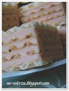 Wafle z czarną porzeczką Homemade Cakes, Food And Drink, Bread, Easy, Brot, Baking, Breads, Buns, Homemade Desserts