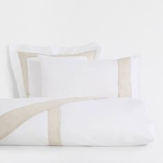 Image 1 of the product Contrasting natural linen duvet cover Zara Home Collection, Covent Garden, Natural Linen, Linen Bedding, Home Accessories, Bed Pillows, Duvet Covers, Pillow Cases, Contrast