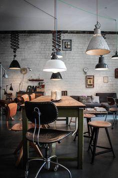 Ply, concept-store de meubles vintage et industriels à Hambourg  Atelier rue verte