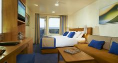 Get detailed information about Carnival Breeze, including restaurant, stateroom, and on-board cruise activity reviews.
