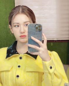 Korean Girl Groups, Kpop Girl Groups, Kpop Girls, South Korean Girls, Teen Celebrities, Jeon Somi, Korean Girl Fashion, Ulzzang Girl, Pretty People