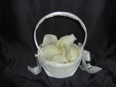 Princess Elegant Flower Girl Basket : Filled with White Rose petals for the beautiful flower girl to scatter the aisle on your way to the ceremony.